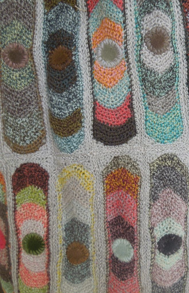 Eyes scarf – French Needlework Kits, Cross Stitch, Embroidery, Sophie Digard – The French Needle