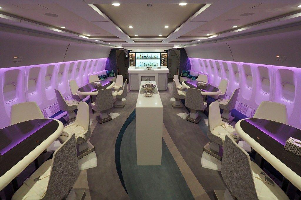 بالصور نظرة داخل طائرة بوينغ 777 الخاصة الفخمة كريستال سكاي Interior And Exterior Exterior Design Home Decor