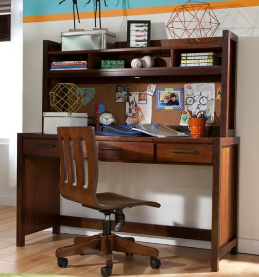 Study Time - Eclipse Desk keeps all their study needs handy Middle