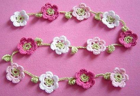 DIY: Blumenhäkelkette | Häkeln, Handarbeiten und Finger häkeln