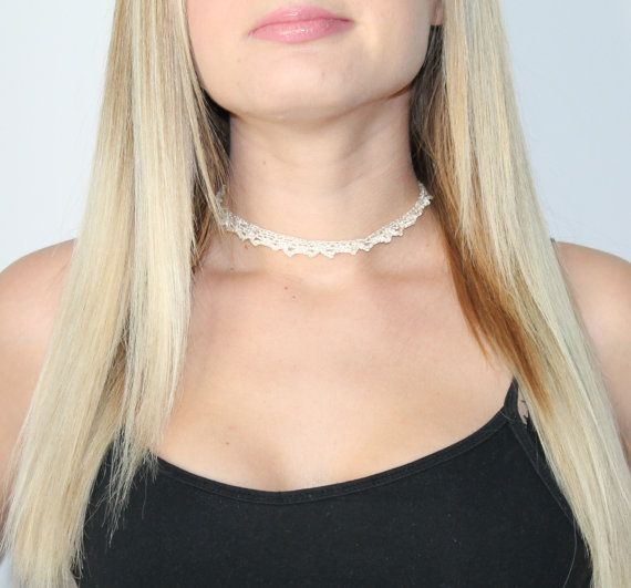 Simple lace choker, adjustable with lobster clasp. White lace choker. Diamond on chain.Choker Necklace