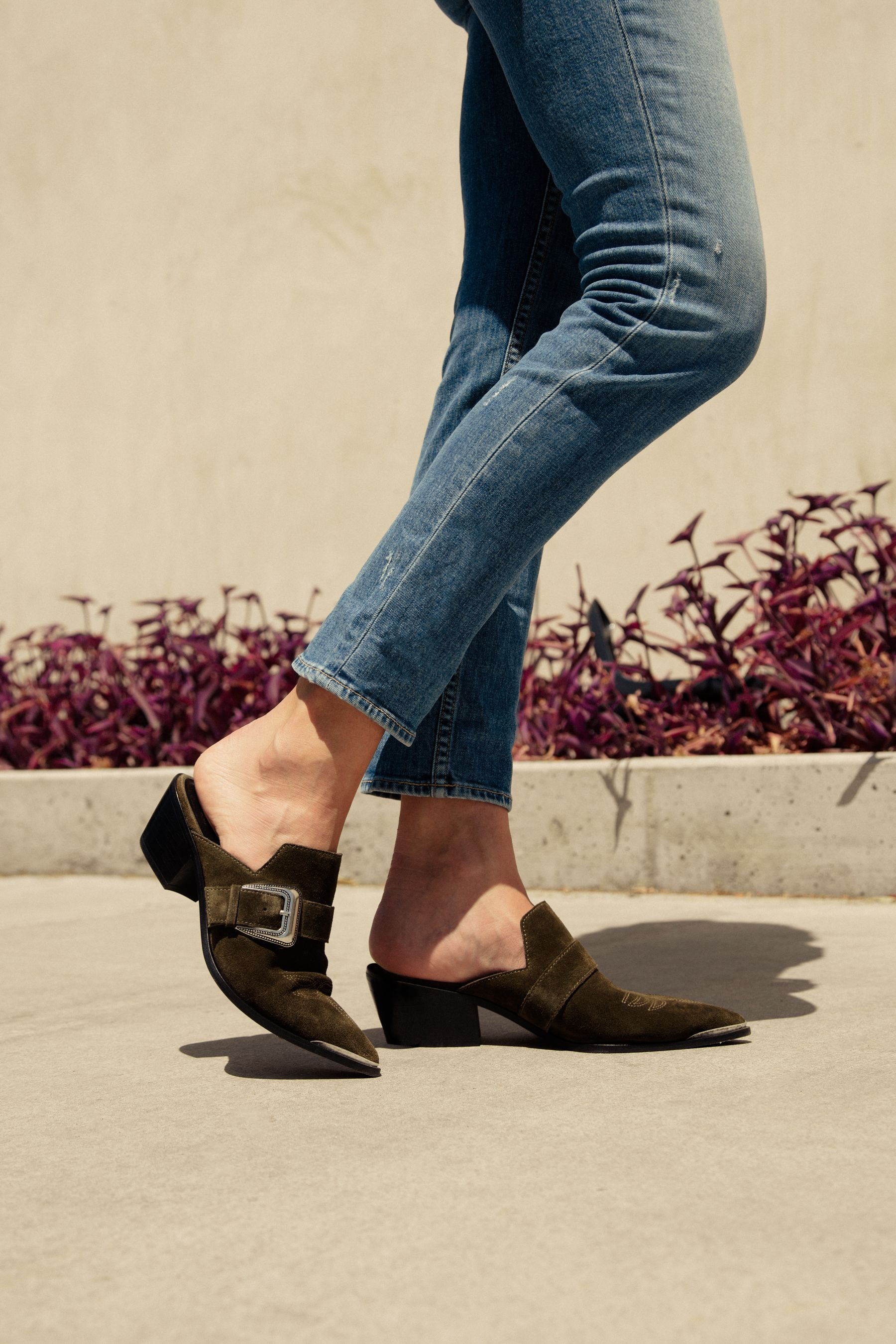 How to Pull Off Fall's Western-Inspired ShoeTrend How to Pull Off Fall's Western-Inspired ShoeTrend new pics