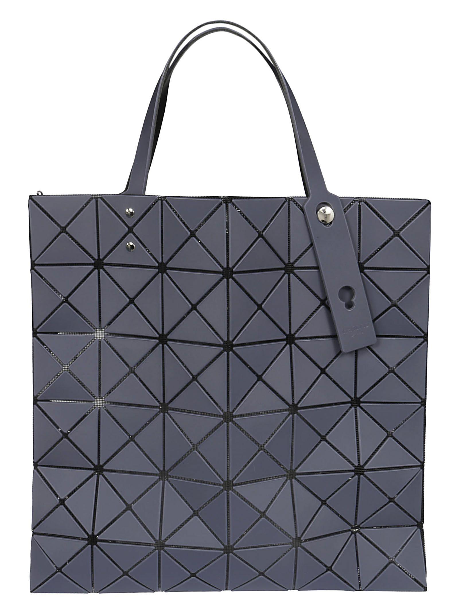 BAO BAO ISSEY MIYAKE GEOMETRIC SHOPPER BAG.  baobaoisseymiyake  bags  hand  bags caa10d9e908b4