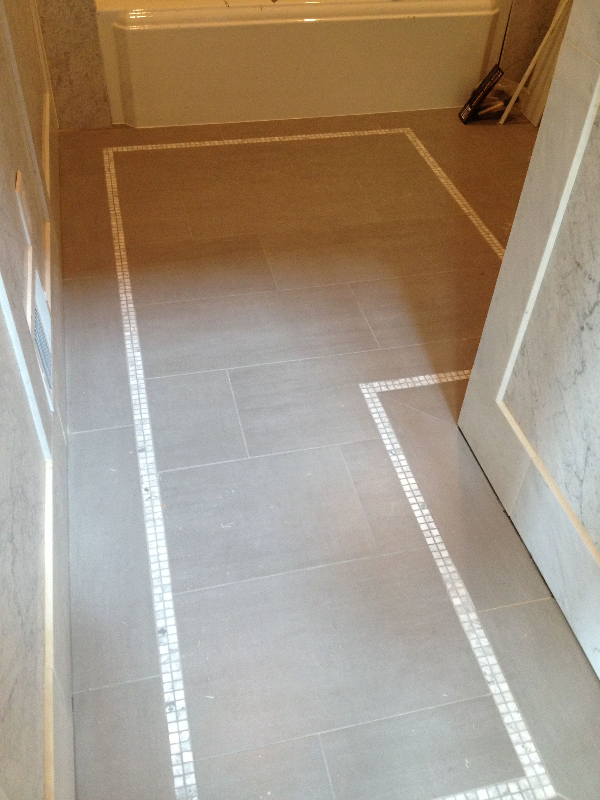 Tiled Floor In Kids Bath 12x24 Tiles With 1x1 Border Tile