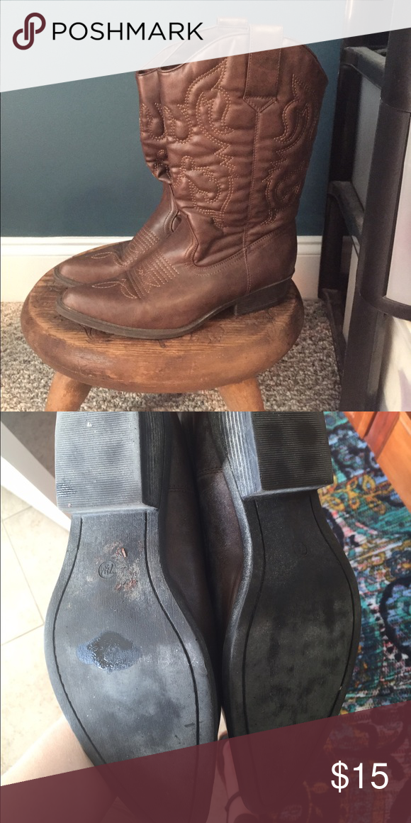 Fashion boots Fashion boots. Size 7 1/2 in EUC barely worn. Super soft. Chocolate brown with stitching. Shoes Heeled Boots