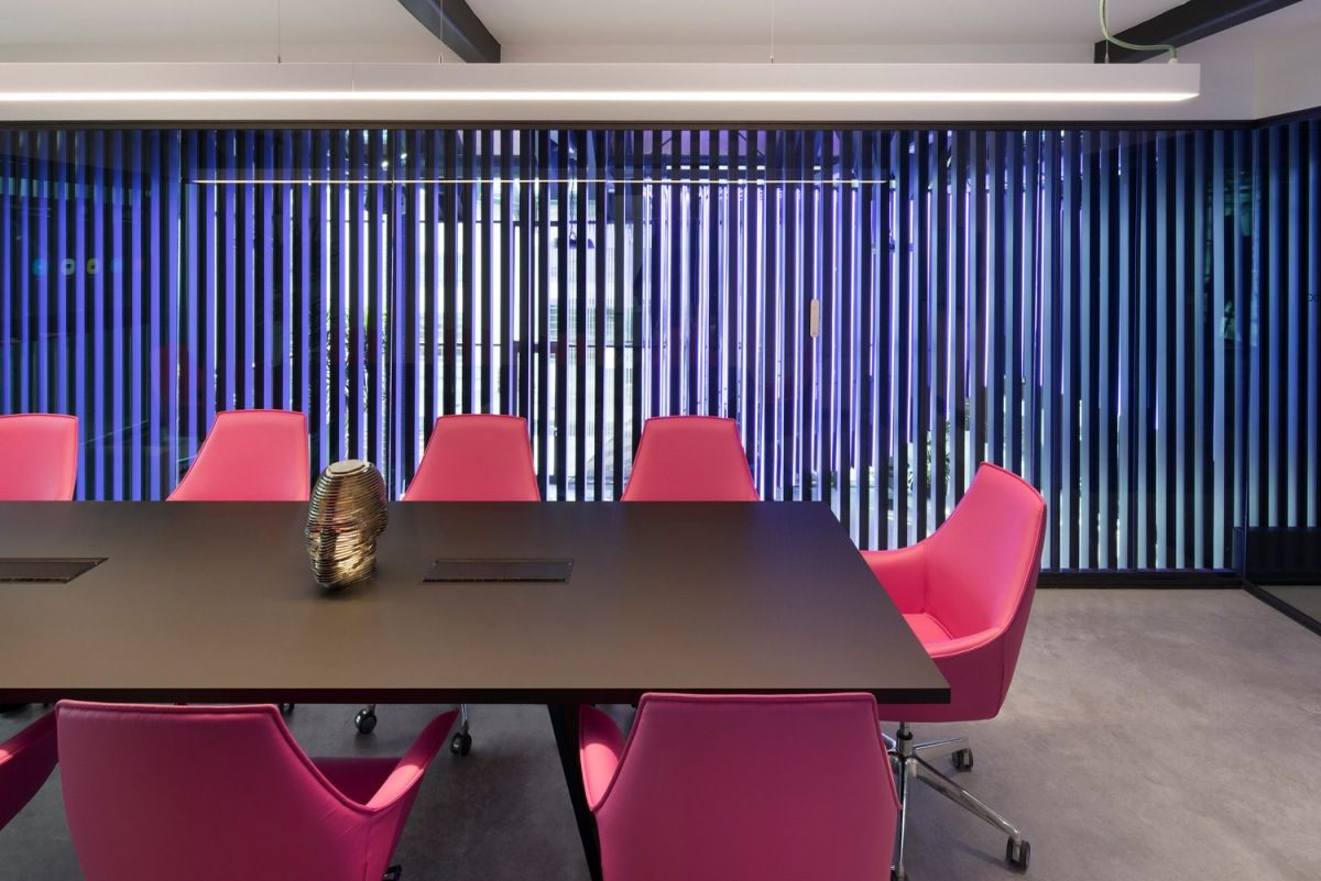 Econocom Milan Meeting Room Pink Chairs Workplace Design