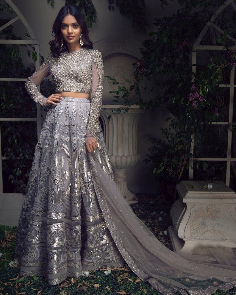 For Reception Lehengas Under 5 Lakhs? Heres A Good Designer Duo To Check Out