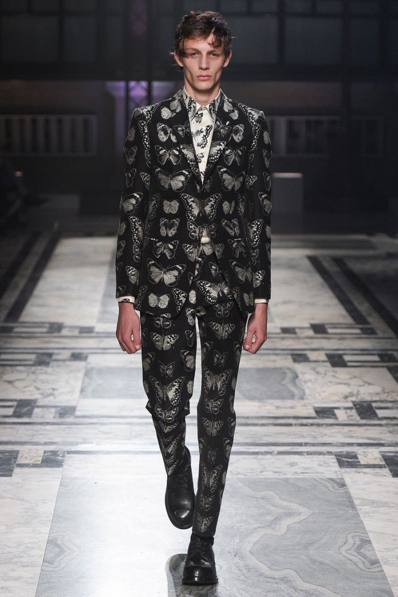 6a5c74498cf3f Alexander McQueen Goes Victorian Gothic for Fall Collection ...