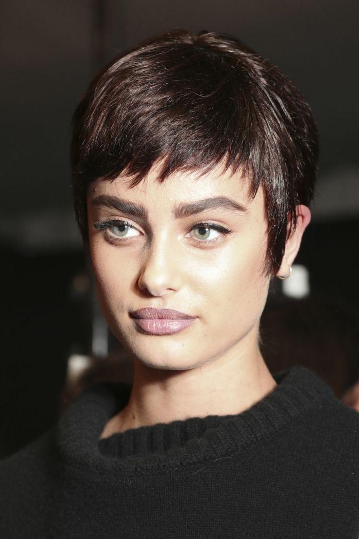 peinados pelo corto cabello moderno en estilo pixie pelo en color chocolate en degradado - Corte De Pelo Moderno