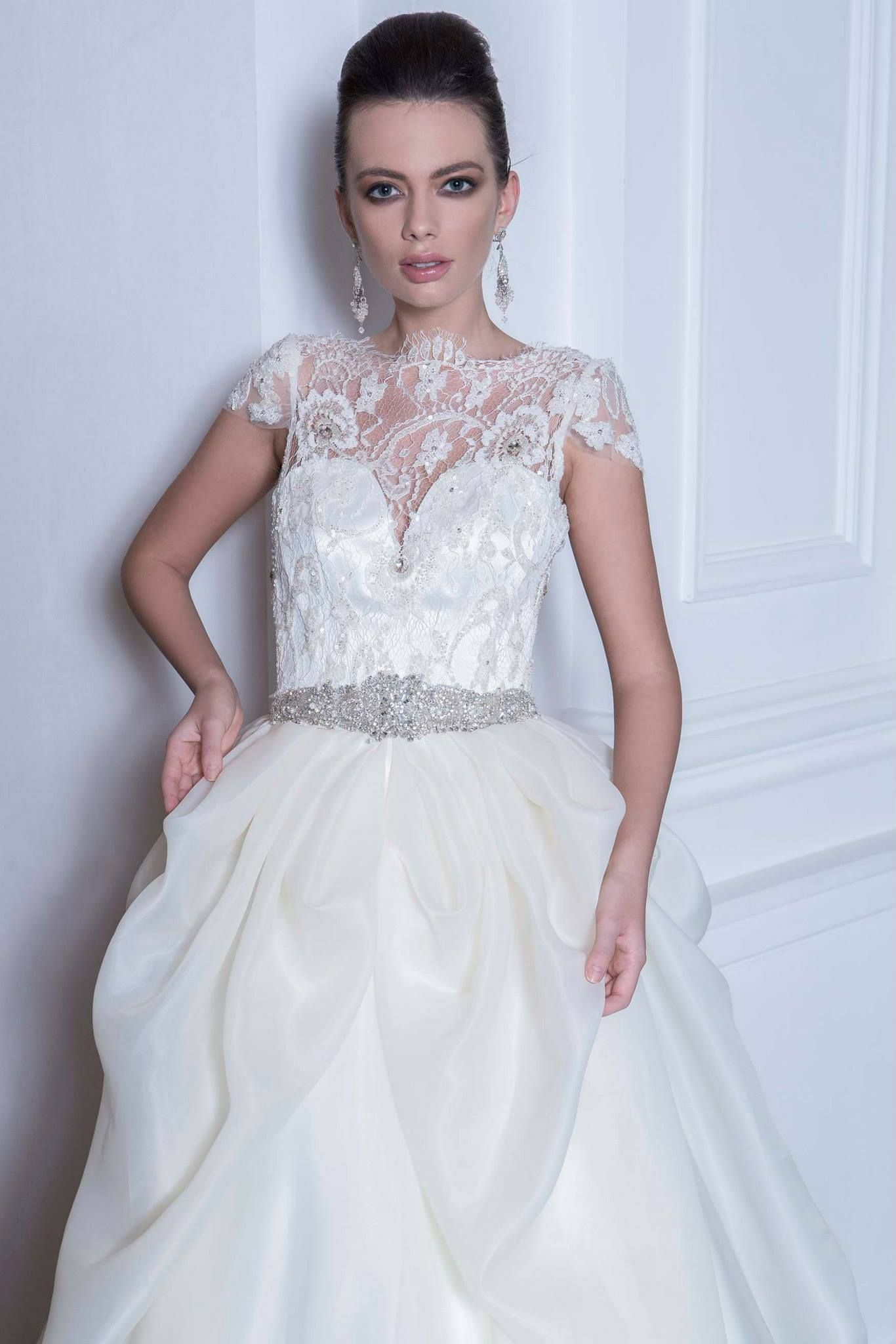 1500 144 Romantique Collection By Andree Salon Photographer