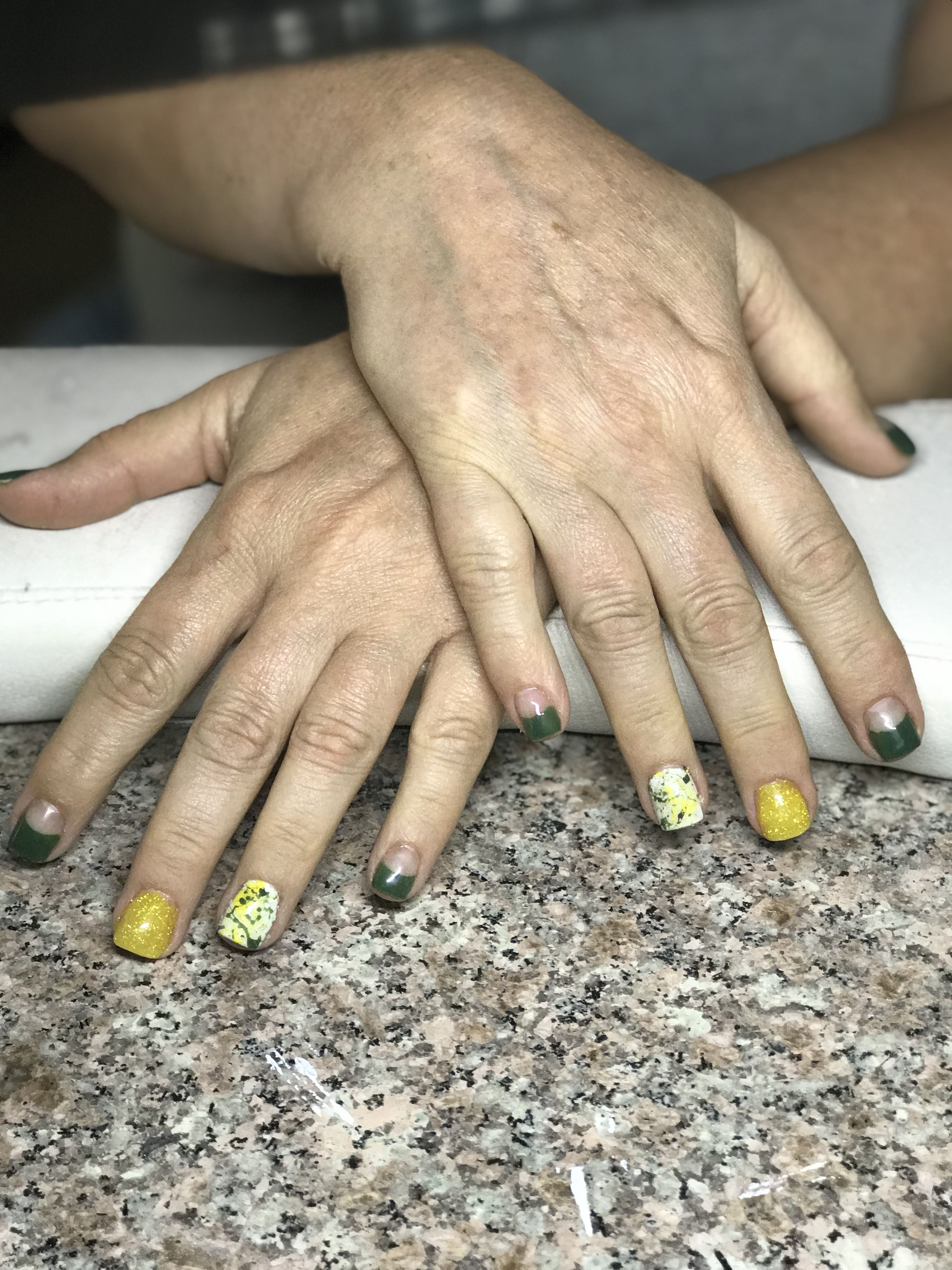 Greenbay Packers Nails Clients Request To Have The Tips Close Her Cuticle Like