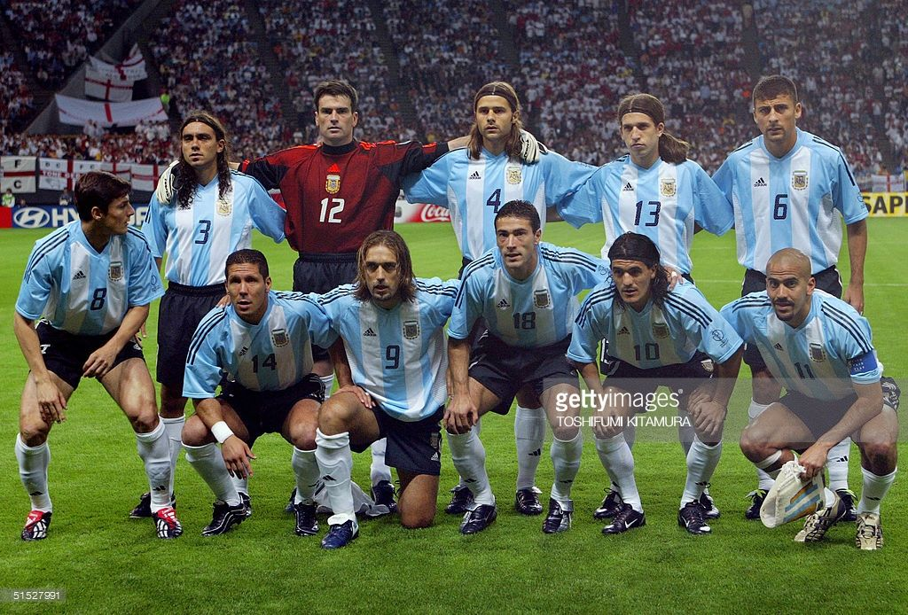 Argentinian Players Pose For Photographers Before The Group F First Round Match Argentina England O Argentina Football Team Argentina Soccer Argentina Football