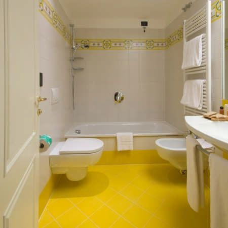 bagno giallo | 4home | Pinterest | Favorite color