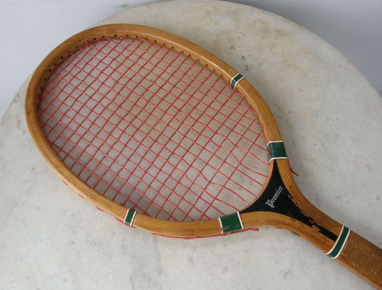 "WILSON TENNIS RACKET ""Premier"" All Wooden Frame Medium"
