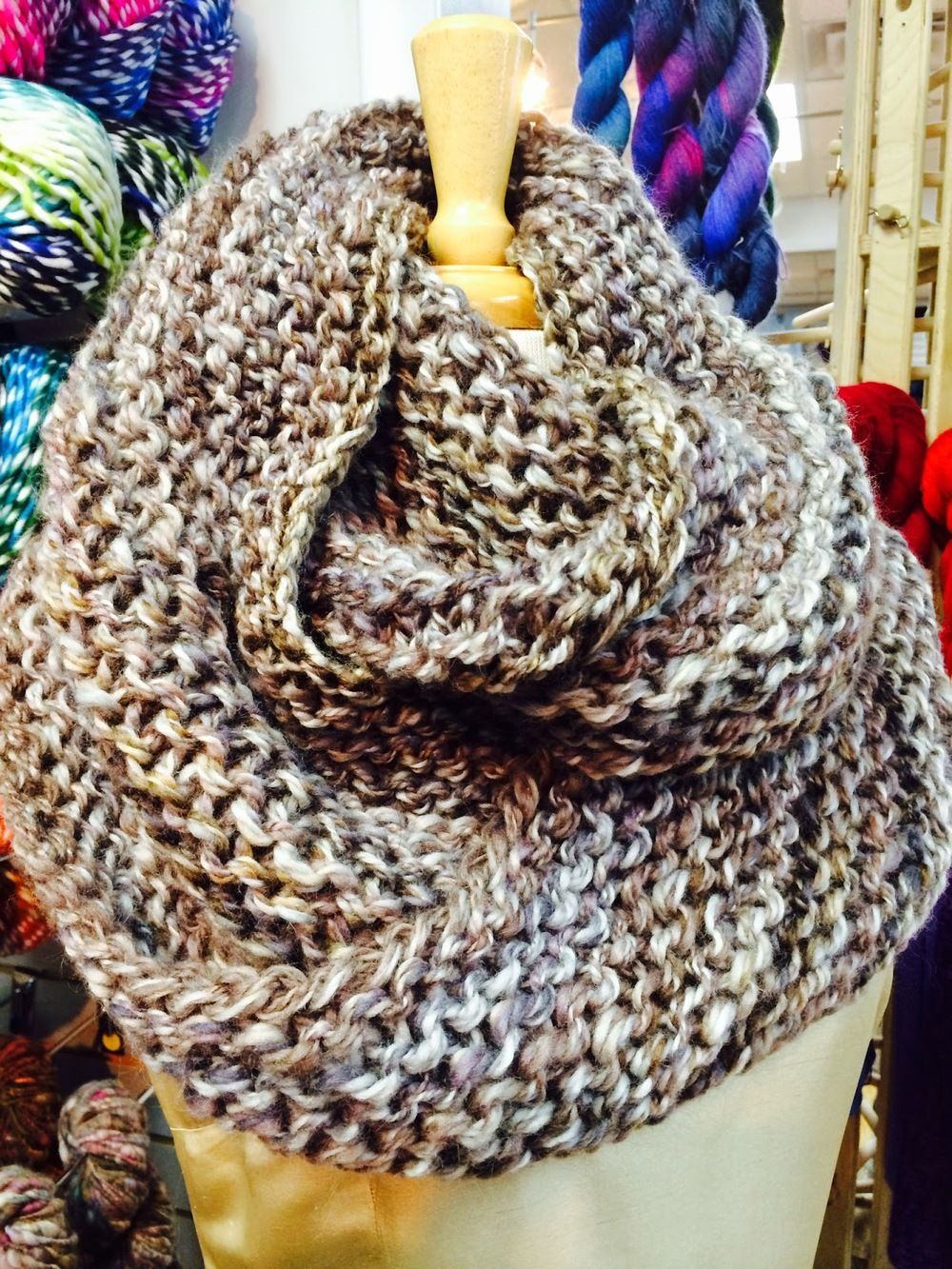 Outlander Infinity Cowl   Outlander, Infinity and Free pattern