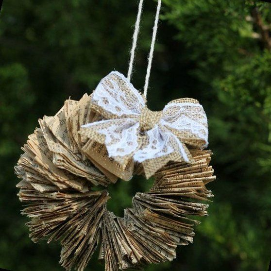 30+ Christmas Tree Ornaments Made From Stuff Lying