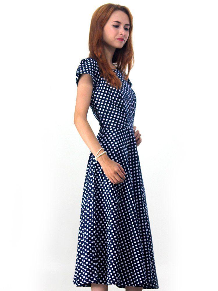 fd05c8886 O vestido midi retro poá é confeccionada em tricoline com estampa de  bolinhas (Poá)