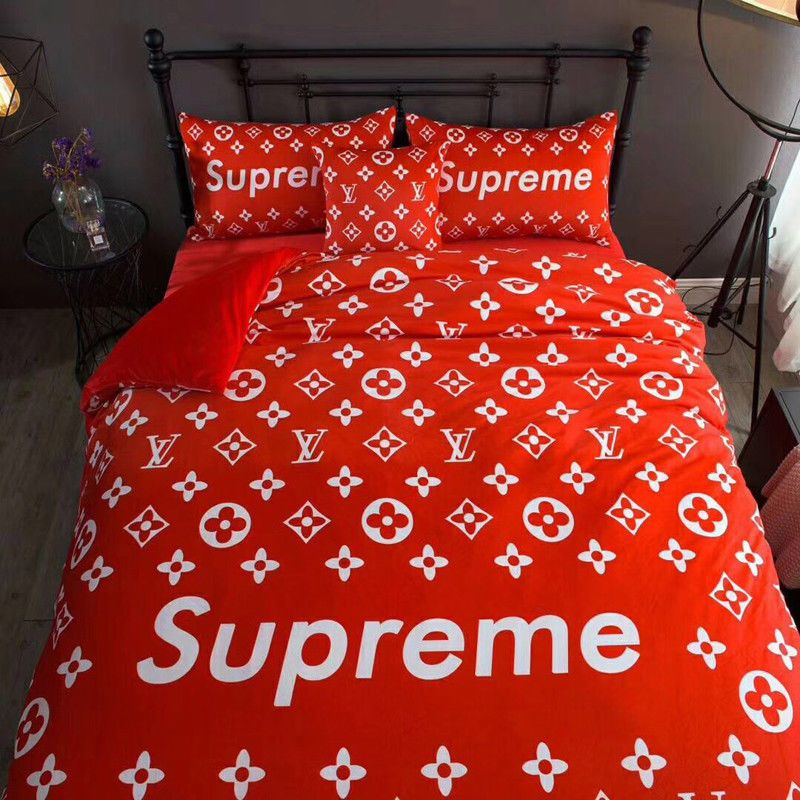 2017 New Supreme Logo Bedding Set Pillowcases Crystal Fine Hair Duvet Cover  #Unbranded #Fashion