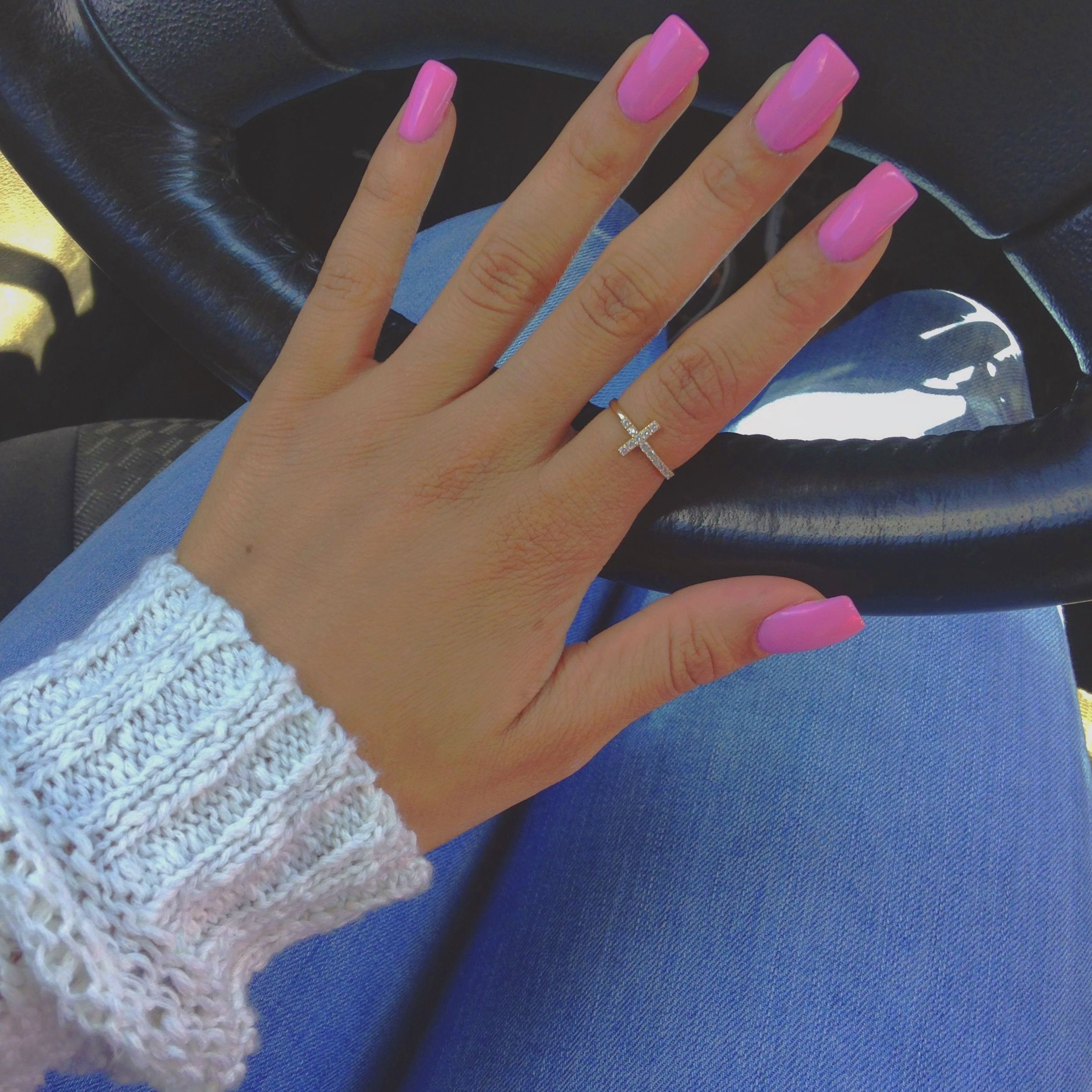 Beautiful Barbie Pink Acrylic Nails Princessaaronashley Barbie Pink Nails Pink Acrylic Nails Bright Pink Nails