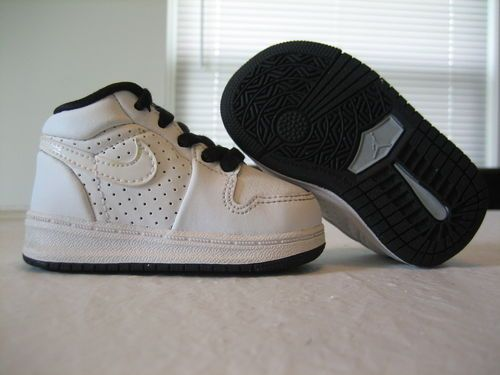 0280daf5406361 Baby Boys Nike Air Jordan Retro 1 Alpha White  Black Leather Shoes Size 4c   17.88