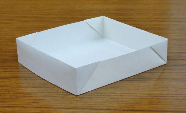 A4用紙で作るトレー 折り紙の箱 新聞で作るクラフト 折り紙