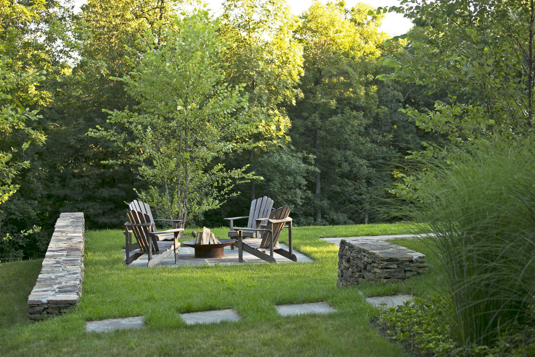 Hudson Valley Residence Fire Pit And Fieldstone Walls R Design Land Architects In New York And Colorado Fire Pit Wall Landscape Landscape Architecture