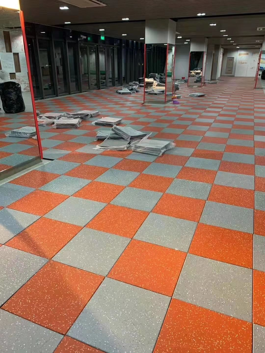 Colorful EPDM rubber flooring tiles for gym Tel 0086571