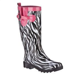 i dont care what anybody says...i want some rain boots! :)