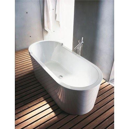 Duravit Starck tub  #bath #bathtub #bathroom #hygoletdemexico #duravit #starckdesign #starck #bathdesign #diseño #diseñodebaño #bathfurniture #bathdesign #muebledediseño #designinspiration #designinterior #tinadebaño #instalike #instacool #like4like #likeforfollow #likes4likes #likeback #lileforfollow by hygoletdemexico