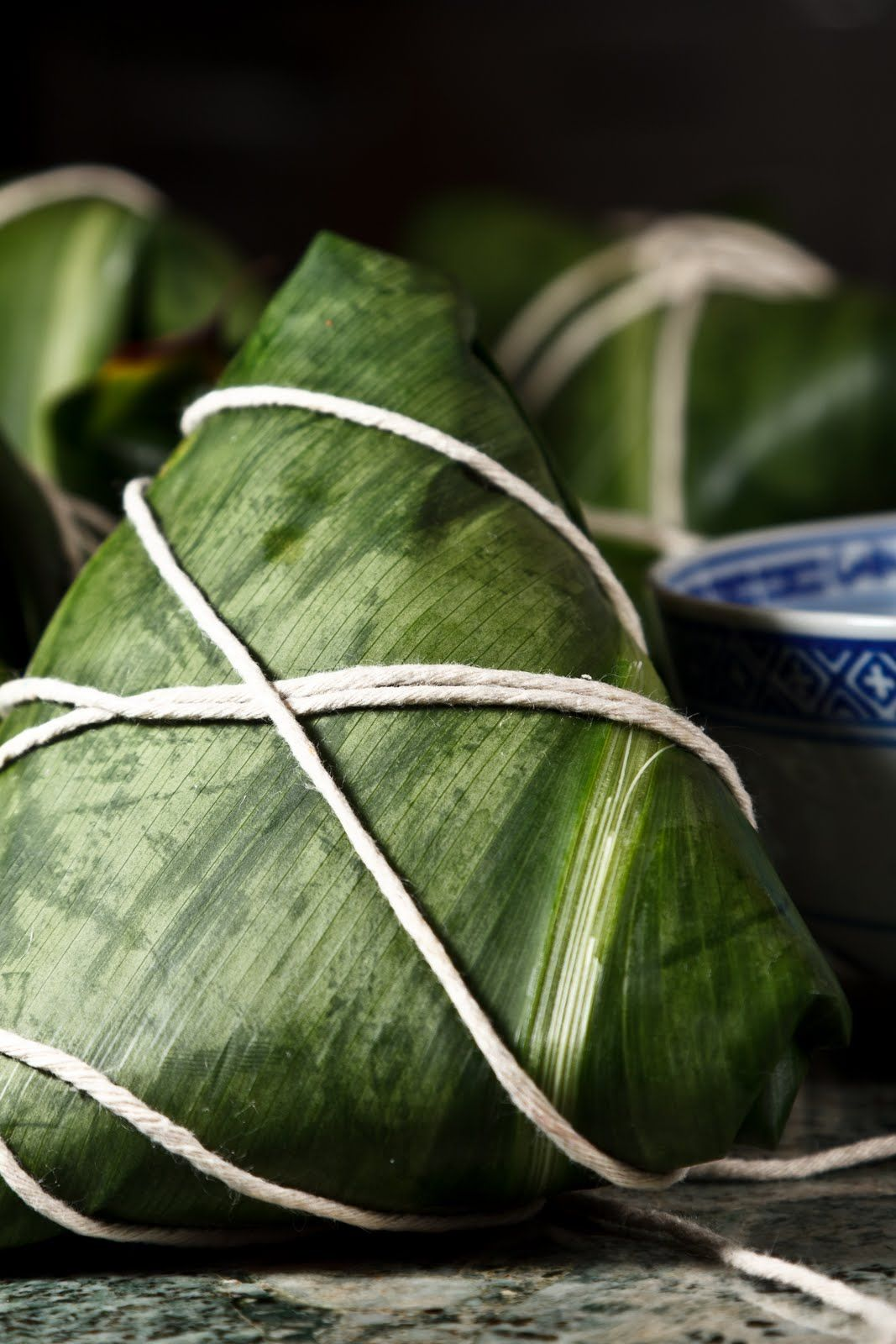 Hawaiian joong using blanched ti leaves. I'm a fan of mung bean, not black eyed peas, but it's slightly less easy to get a hold of.
