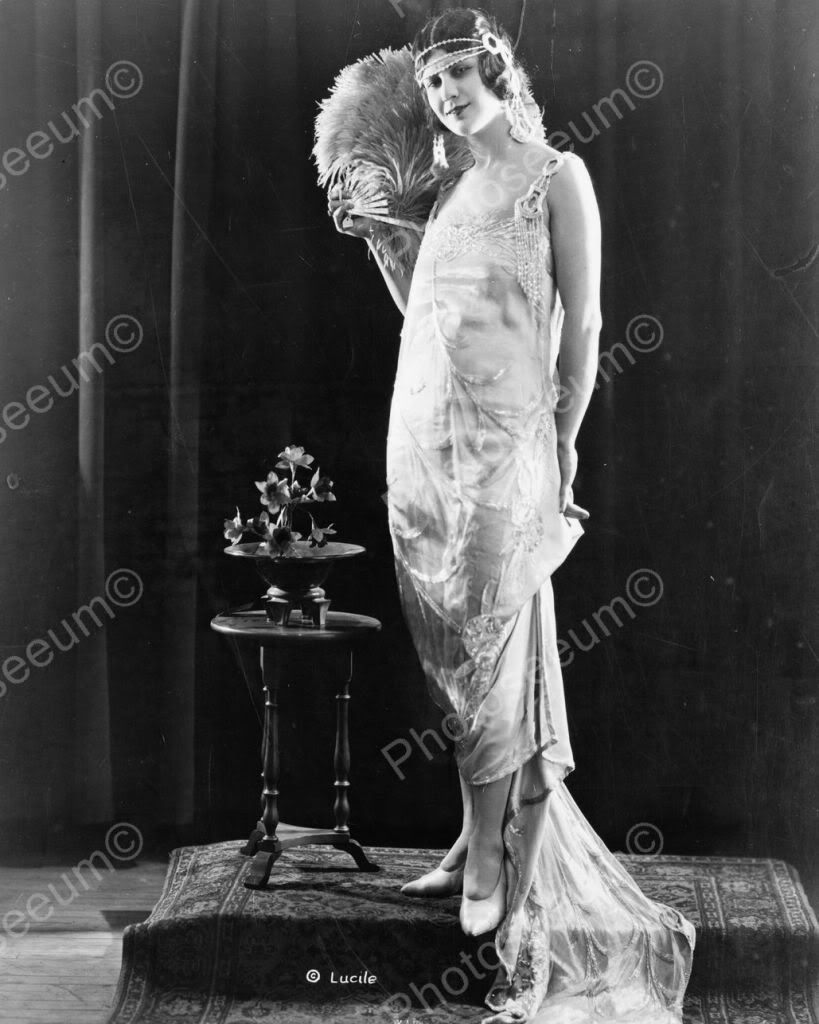 Elegant Flapper Girl Poses 1920s 8x10 Reprint Of Old Photo ...