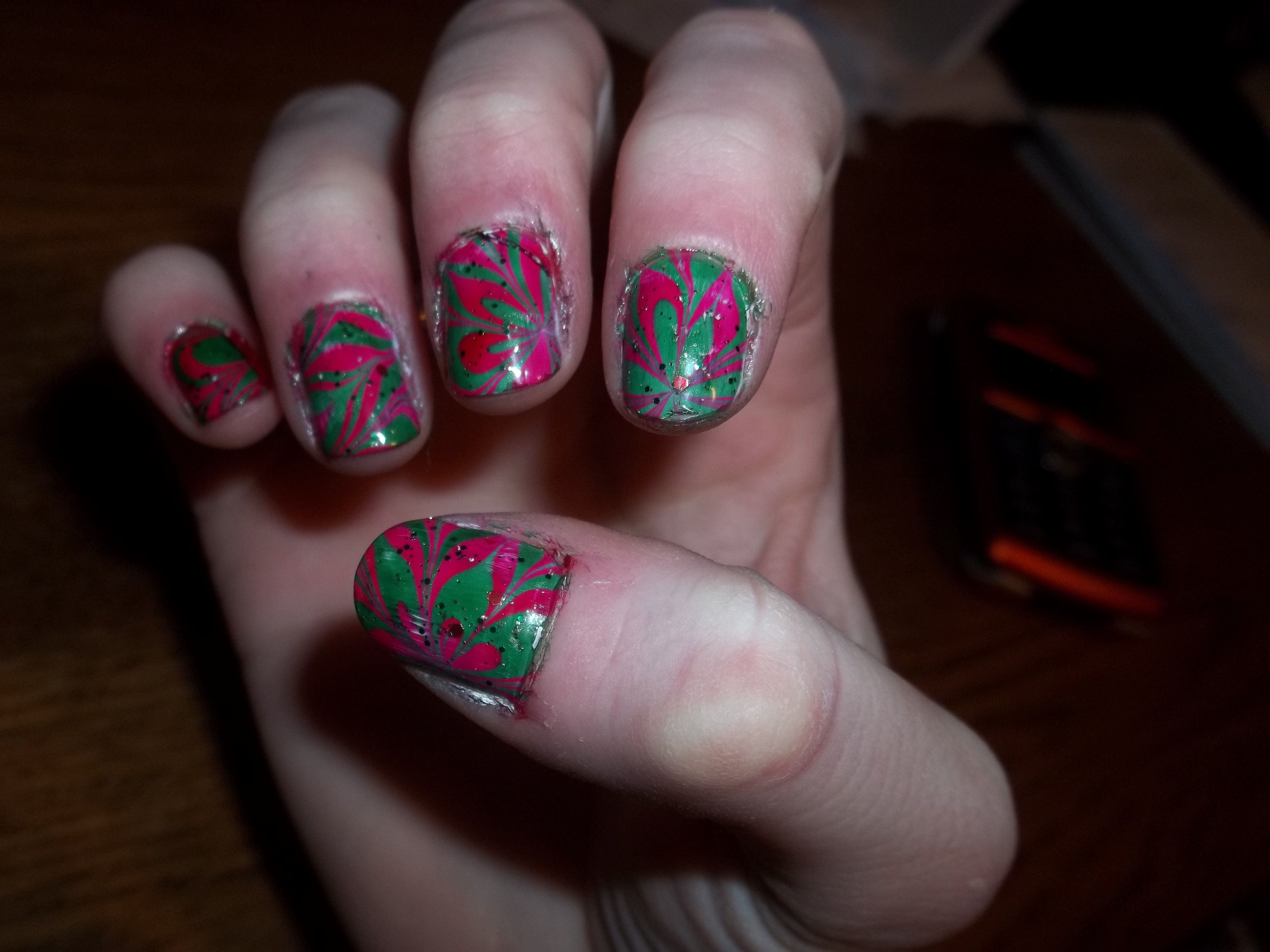 poinsettia marble nails