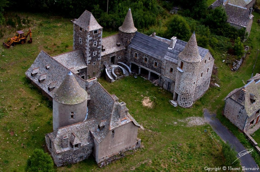 Photo Aerienne De La Borie Cantal 15 Chateau France Chateau Haute Loire