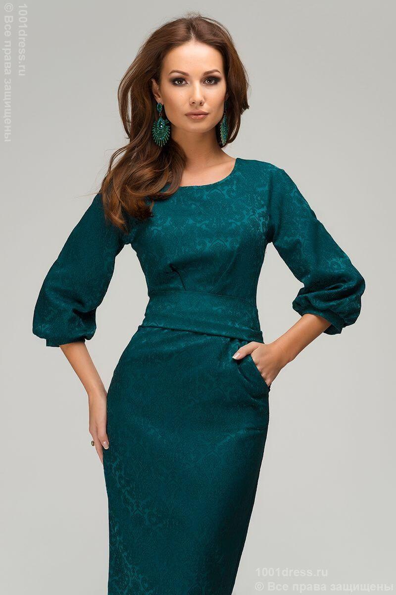 Платья футляр с рукавами модели