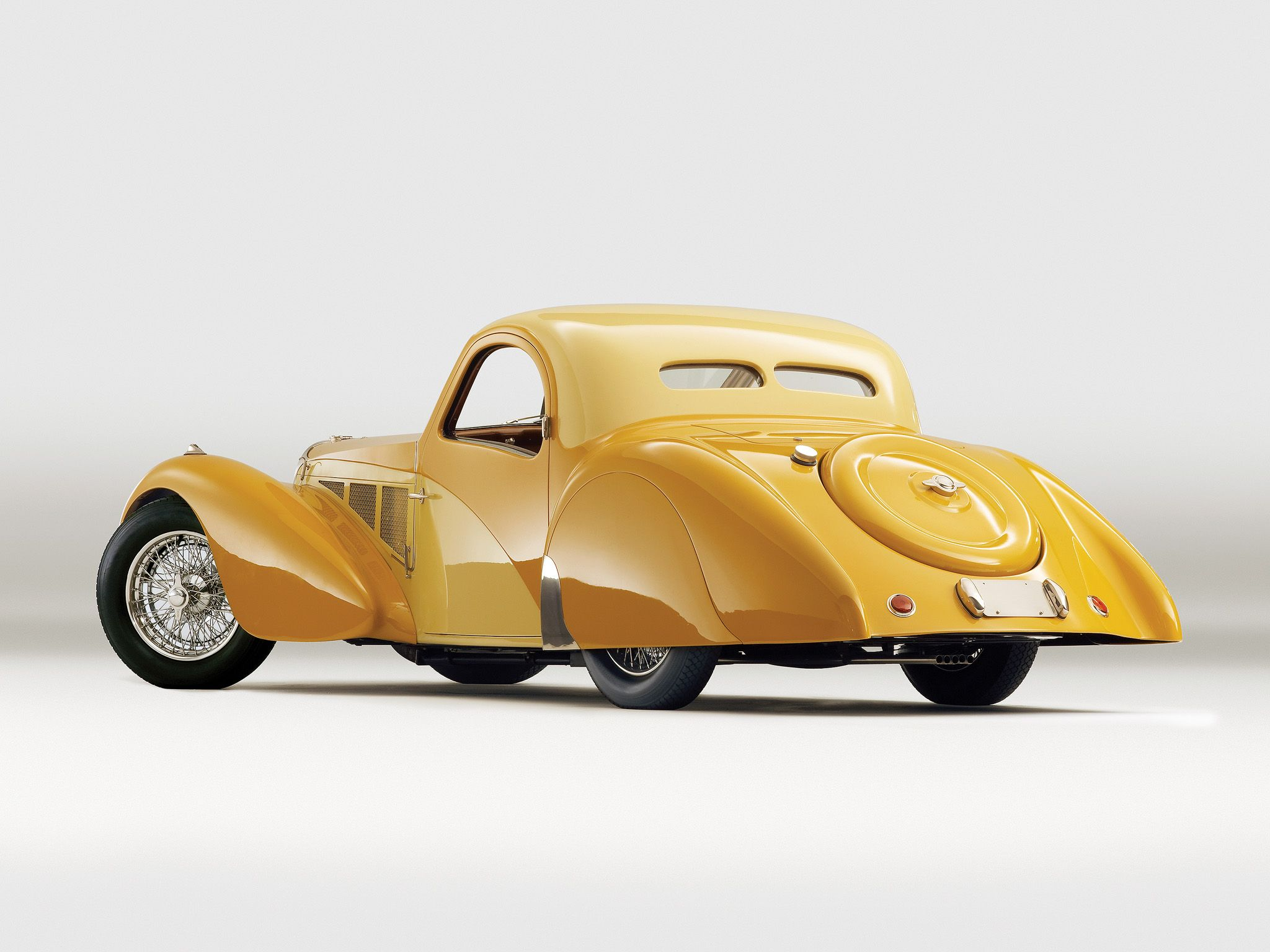 Captivating 1936 Bugatti Type 57SC Atalante Luxury