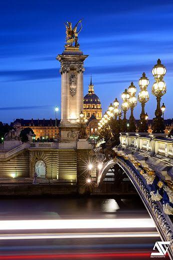 275jesuss compartilhou originalmente:   Pont Alexandre III & Les Invalides - Blue Hour by A.G. Photographe(Pro) on flickr  Paris