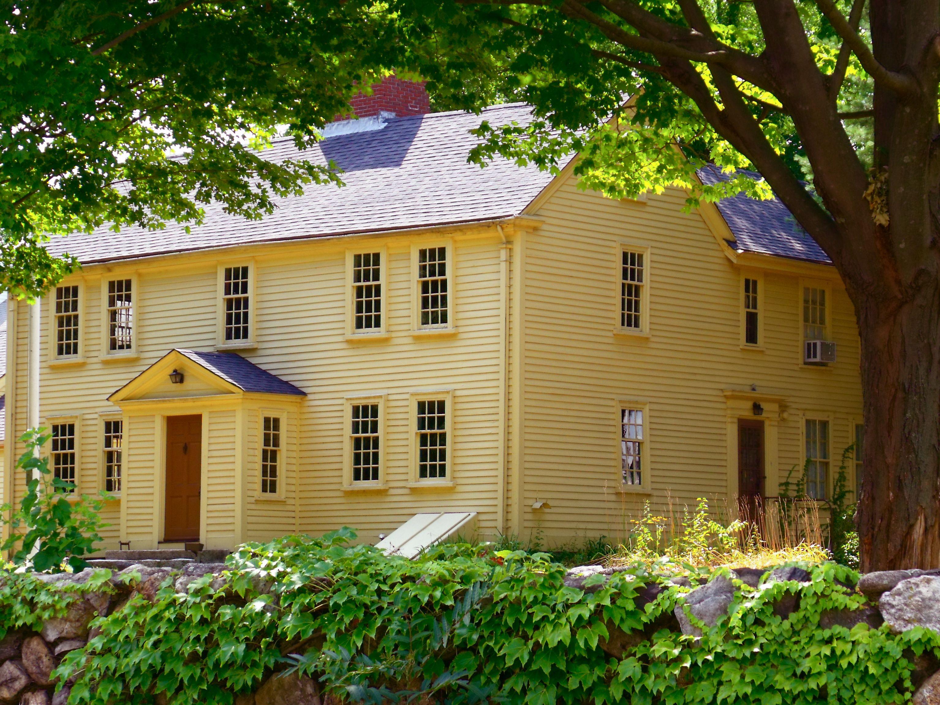 The Jason Russell House Built In 1740 Arlington Ma Colonial House Exteriors House Exterior Colonial House