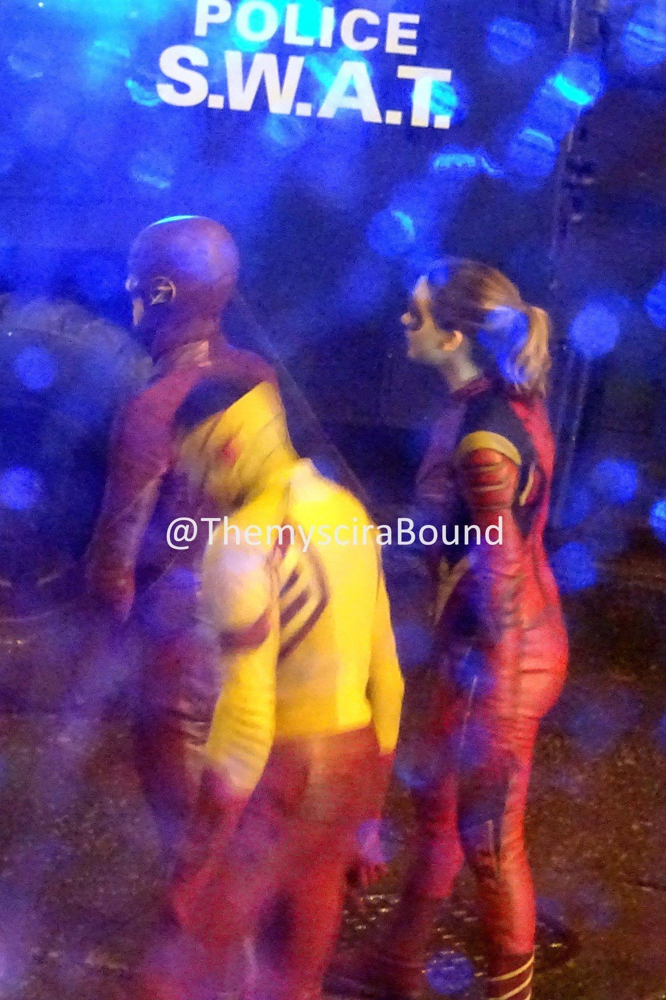 「The Flash Season 3 Filming」おしゃれまとめの人気アイデア|Pinterest|Grant