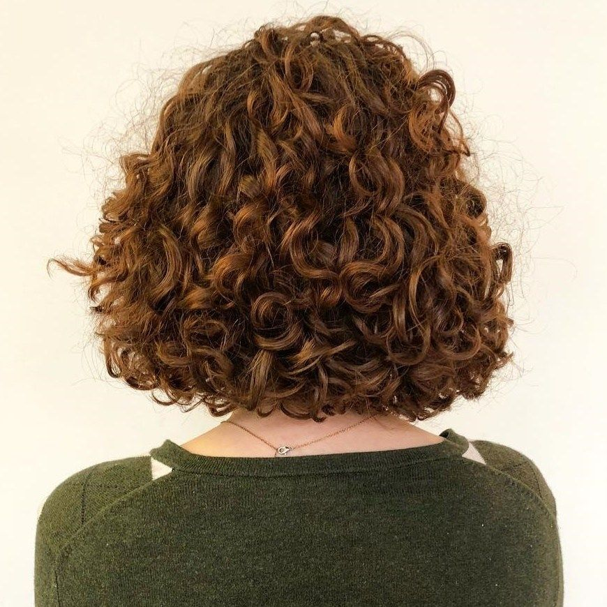 65 Different Versions Of Curly Bob Hairstyle Curly Bob One Length Haircuts Curly Bob Hairstyles