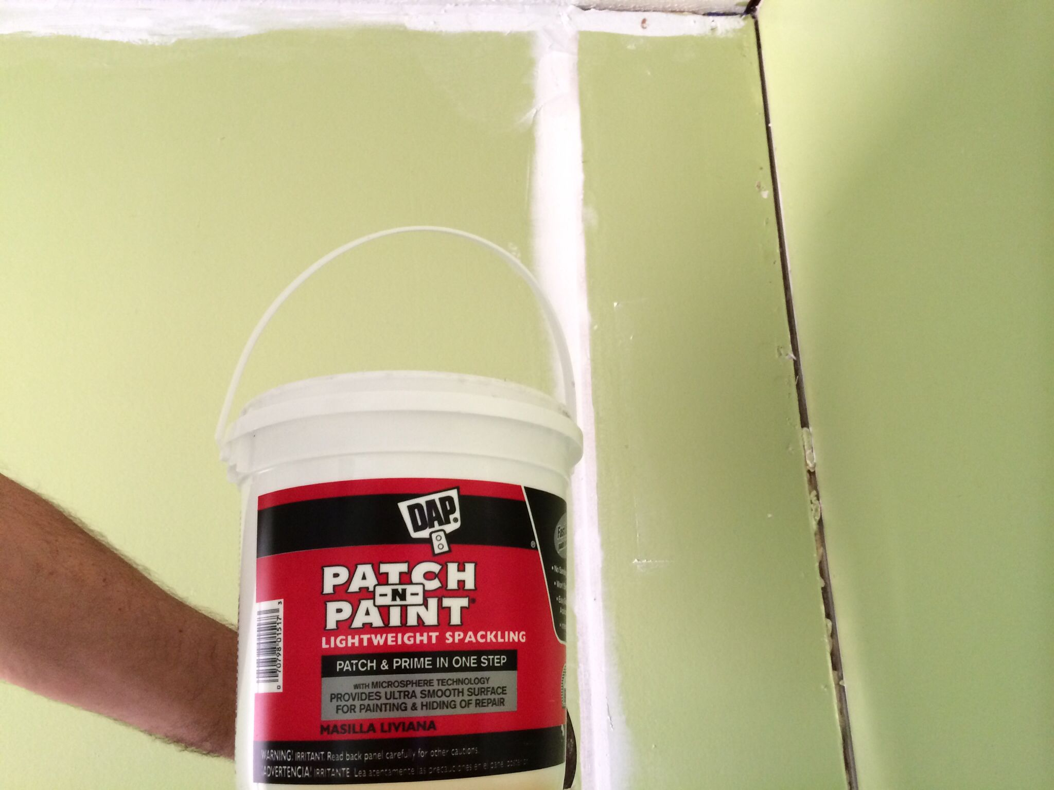 Rattenni Mobili ~ This product is excellent for filling cracks in mobile homes. get
