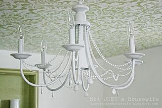 Really love the idea of ceiling stencil...might have to try this!
