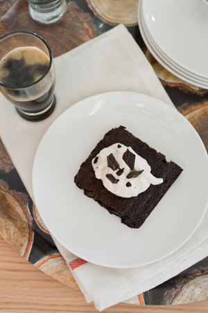 Stout beer brownie with stout whipped cream recipe - Savvy Sassy Moms