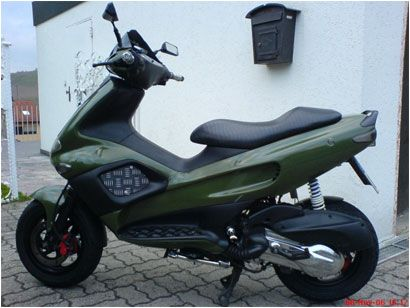 Pin By Black On Gilera Runner 180 Sp Moped Scooter Fast Scooters Scooter