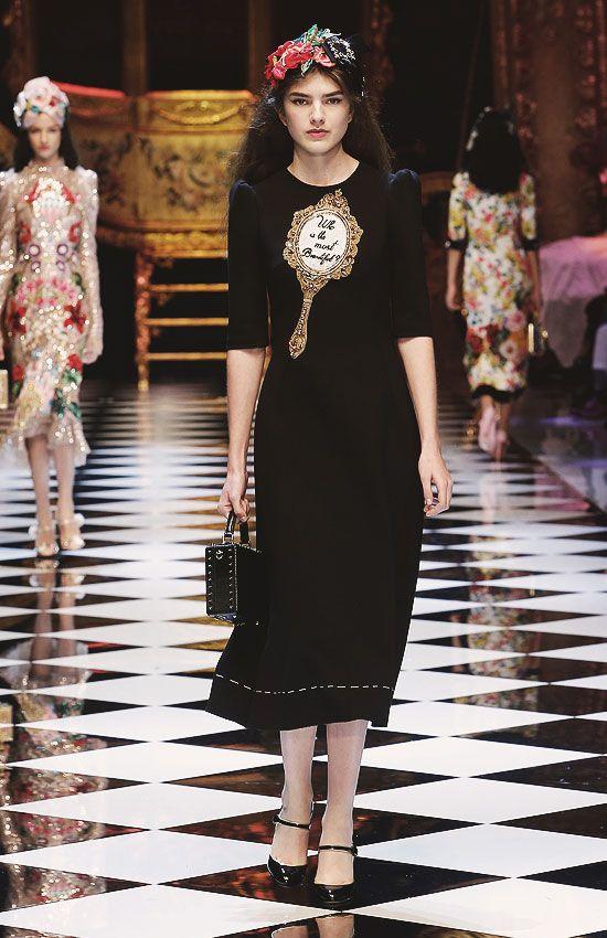 8b8b82a3f81e Dolce   Gabbana FW16 RTW Mirror Mirror Dress