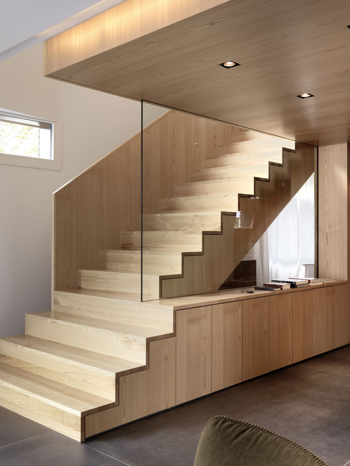 Wooden staircase with white wall paint decoration grey ceramic