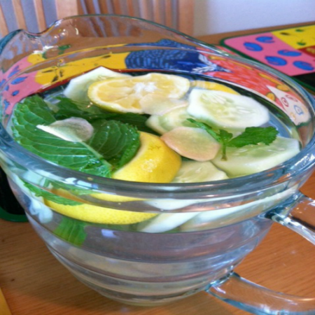 """""""sassy"""" water. Spice up your water! #ginger #lemon #mint #drinks www.runningbythebook.com"""