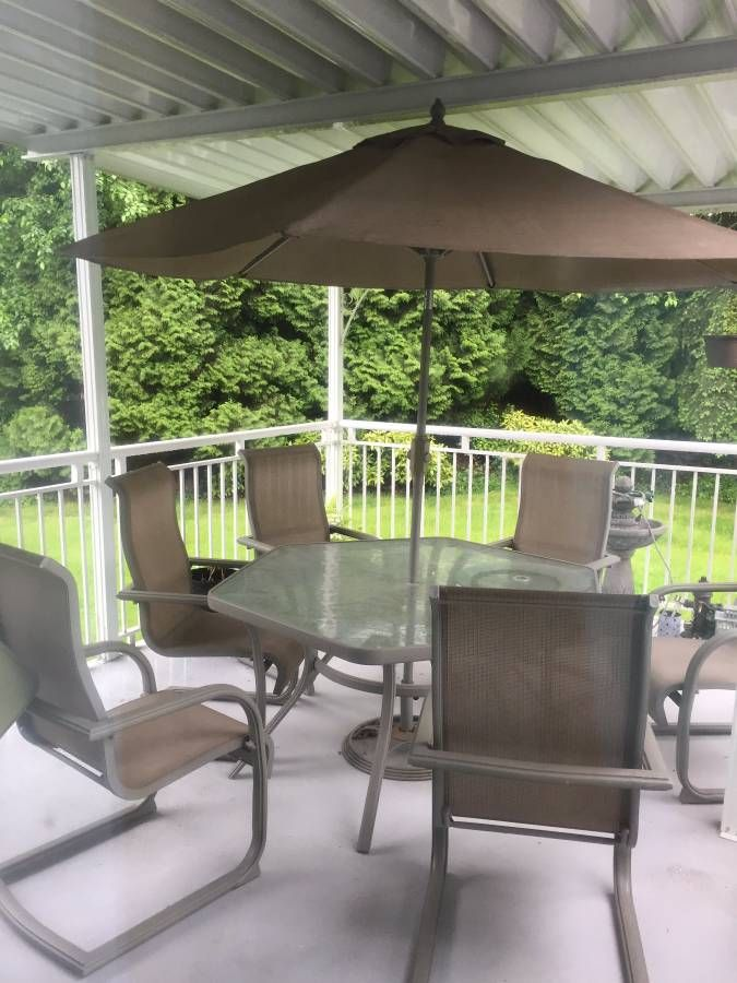 Minimally Used Patio Set Has Been Undercover Since Purchase Good Quality Table Includes A