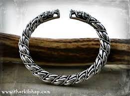 Bilderesultat for viking bling