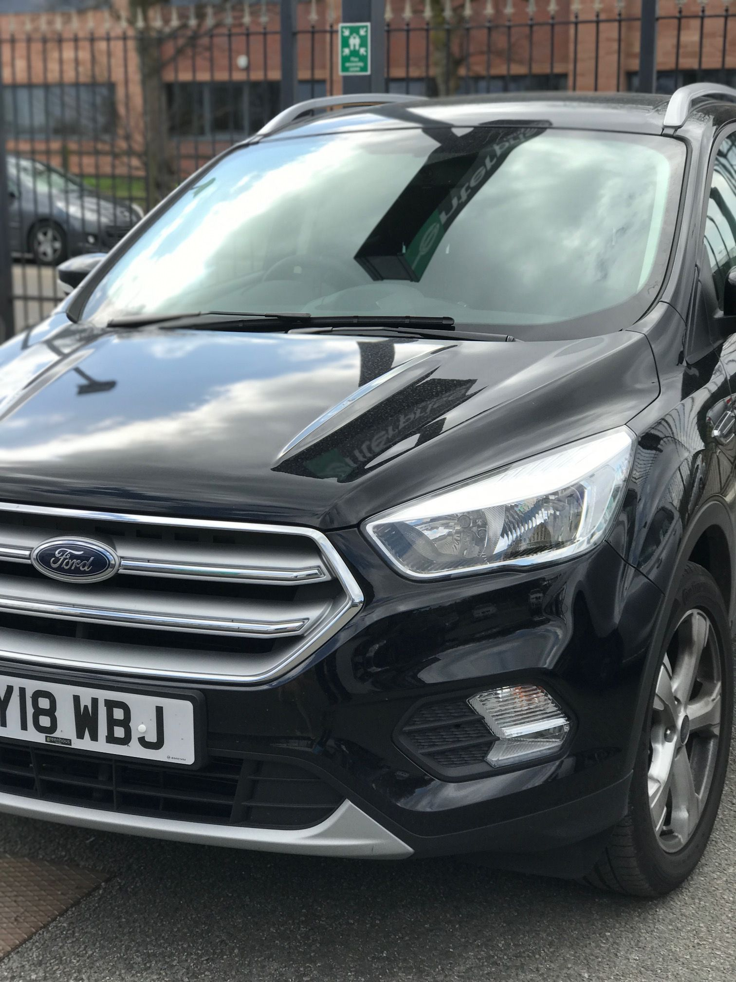 The Ford Kuga Diesel Estate 1 5 Tdci Zetec 5dr Auto 2wd Cars