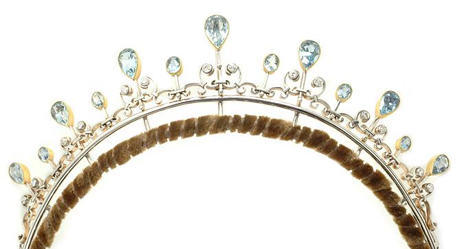 Antique Tiara, Germany (aquamarines, diamonds, gold, silver or platinum).